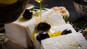 que es queso feta, sustitutos queso feta, cual es el queso feta, como se hace el queso feta